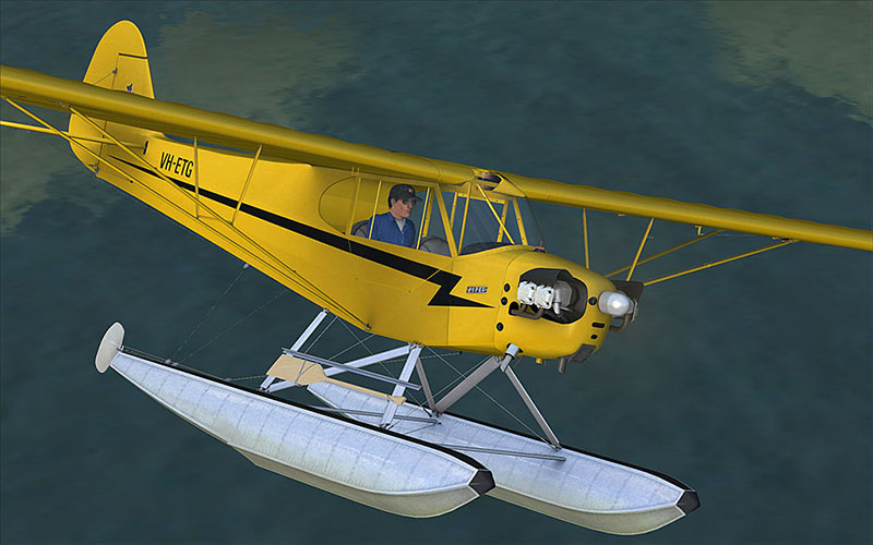 A2A_PiperJ3_VH-ETG_Floats_Metal.jpg